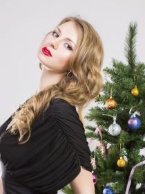 Cómo maquillarse en Navidad: 6 vídeo tutoriales para ser la más guapa (milagros aparte)