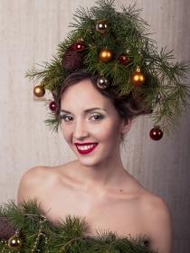 5 formas de atraer todas las miradas en Navidad: peinados navideños peculiares