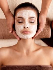 Tratamiento facial antiedad: borra las arrugas al instante