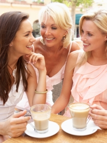 ¿De qué hablan las mujeres? Confesiones de mujeres de 30