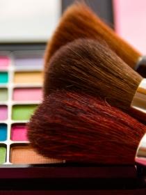 Los mejores trucos de maquillaje: vídeo tutoriales para no parecer un adefesio