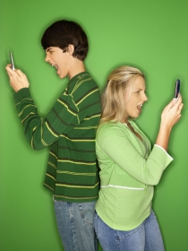 Mujeres y hombres: 5 razones por las que Whatsapp destruye las relaciones