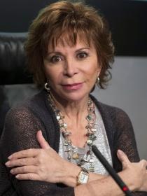 Isabel Allende: la escritora más leída y más criticada