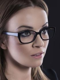 5 motivos para tener complejo por llevar gafas