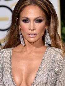 Jennifer Lopez, Heidi Klum y Jessica Chastain lucen sus 'globos de oro'
