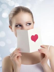 Tarjetas y postales para felicitar a tu pareja el Día de San Valentín