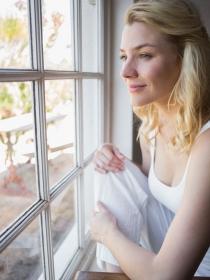 Causas de la timidez: descubre lo que te hace ser tímida