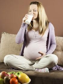 Alimentación durante el embarazo: ¿qué debes o no debes comer?