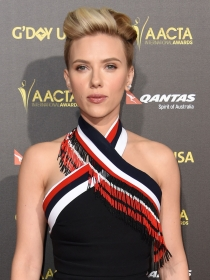 Scarlett Johansson, impactante y rompedora