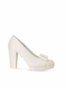 Los zapatos de novia más cómodos de Rosa Clará