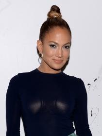 Peinados de moda: el moño bun de Jennifer López