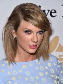 NYFW: Taylor Swift y Kendall Jenner homenajean a Oscar de la Renta