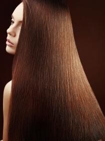 Soñar con el pelo largo: con toda la fuerza del cabello largo