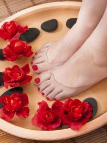 Uñas de los pies amarillas: soluciones para tus uñas
