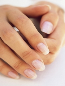 Cómo conseguir unas uñas largas y bonitas
