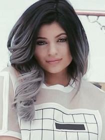 Kylie Jenner, más cerca de ser modelo
