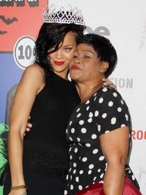 Rihanna, amor de madre en Instagram