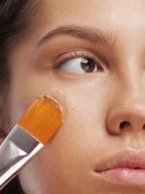 Cómo tapar las ojeras con maquillaje