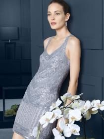 Vestidos de comunión sencillos para madres de la colección Rosa Clará