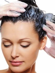 De qué color teñirse el pelo para que se vean menos las ojeras