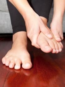 Qué hacer para no tener los pies cansados