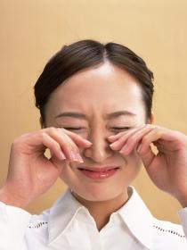 Cómo disimular las ojeras después de haber llorado