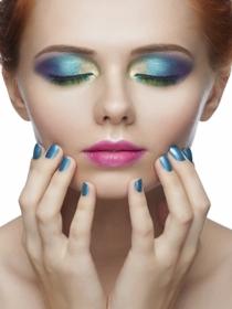 Manicura especial para una comunión: ¡Deslumbra con tus uñas!