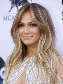 Jennifer Lopez, cuerpazo para Us Weekly