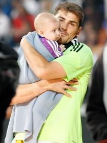 Martín, el gran apoyo del portero del Madrid, Iker Casillas