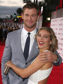 Chris Hemsworth, papá y actor con Elsa Pataky en Londres