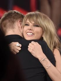 Taylor Swift y Calvin Harris, amor y complicidad en Instagram