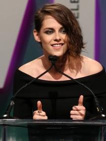 Kristen Stewart, centro de las miradas en los Crystal Lucy Awards