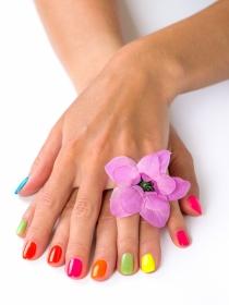 Tratamientos de belleza para lucir uñas en verano