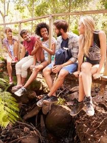 Cómo vencer la timidez con amigos nuevos