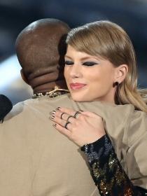 Rihanna y Taylor Swift, con Kanye West en la Casa Blanca
