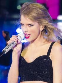 GQ lleva a su portada a una poderosa Taylor Swift