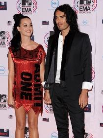 Russell Brand arremete contra Katy Perry en su documental