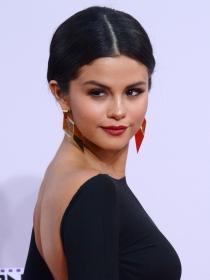 Netflix: Selena Gomez vuelve a la TV con 'Por 13 razones'
