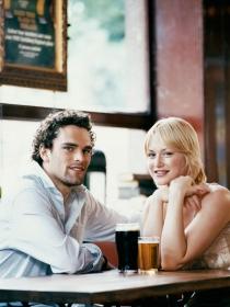 Conocer a alguien por Internet: triunfa en la primera cita