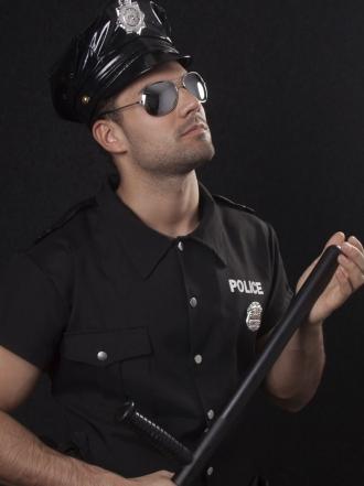 Sueños eróticos con un policía