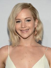 Arregla tu melena midi en 5 minutos a lo Jennifer Lawrence