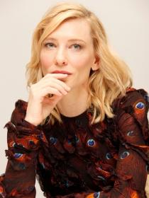 Harper's Bazaar: Blanchett, cerca del Oscar y lejos del cine