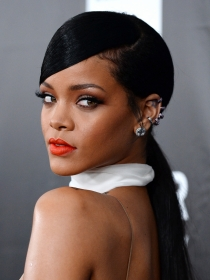 Athleisure: Rihanna convierte en tendencia llevar chándal