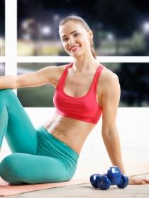 5 tipos de ejercicios que fortalecen tu abdomen