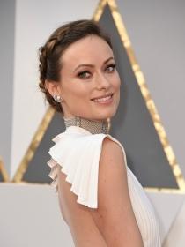 Oscars 2016: copia el recogido con trenzas de Olivia Wilde