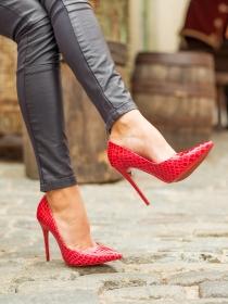 Dolor de pies con tacones: 5 tips para acabar con él