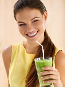 Zumos verdes de verduras: ingredientes imprescindibles para adelgazar