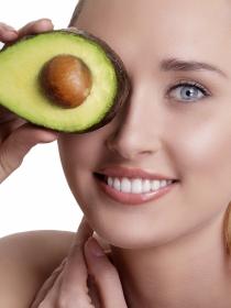 Qué alimentos puedes incluir en tu dieta para la salud de tu hígado