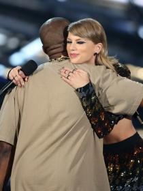 La orgía de Kanye West con Kim Kardashian y Taylor Swift