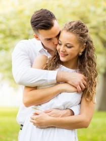 10 frases románticas que derretirán tu corazón en verano